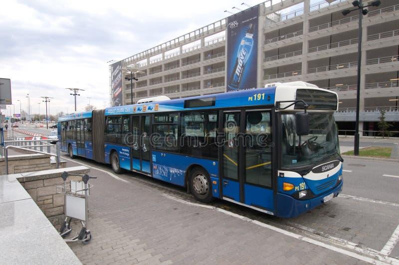 De dienst van de luchthaven - bus stock afbeelding
