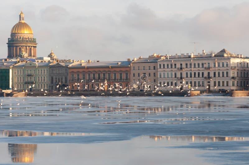 De dijk van de Europese stad royalty-vrije stock foto's