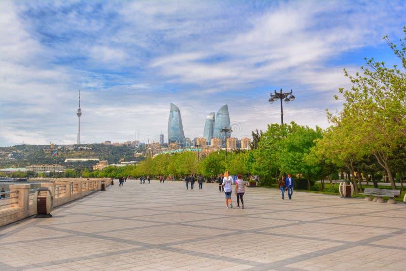De dijk van het kustpark van Baku stad, boulevard royalty-vrije stock foto