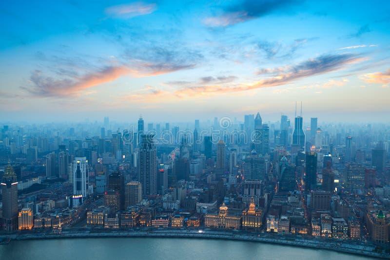 De dijk van Shanghai bij zonsondergang stock fotografie