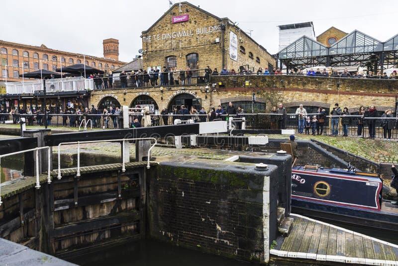 De Dingwallbouw in Camden Town in Londen, Engeland, Verenigde Koning royalty-vrije stock afbeeldingen