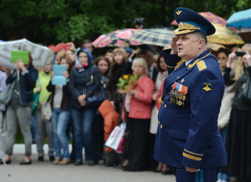 De directeur van de eerste militaire school van Moskou, met specialisatie studeert algemeen Vladimir Krymsky af royalty-vrije stock foto