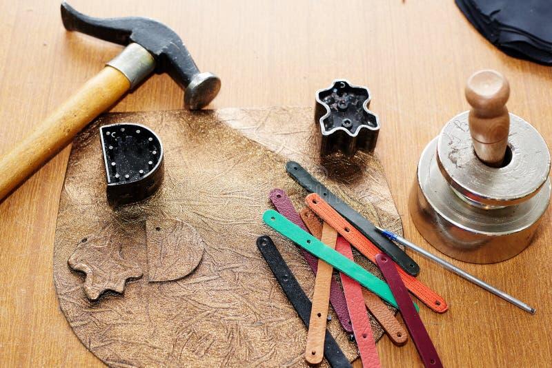 De diverse die hulpmiddelen en werktuigen van de leerverwerking worden gebruikt om leerpunten te veroorzaken royalty-vrije stock afbeelding