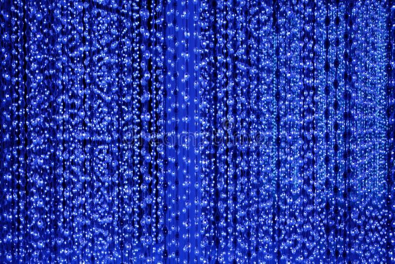 De donkerblauwe de neonlichtenachtergrond van bellenlijnen, samenvatting schittert helder licht, de afficheontwerp van de club fe vector illustratie