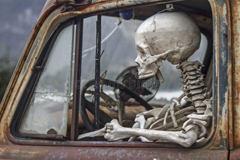 De doodsreizen met de auto royalty-vrije stock fotografie