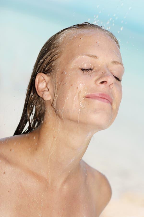 De douche van het strand stock foto's