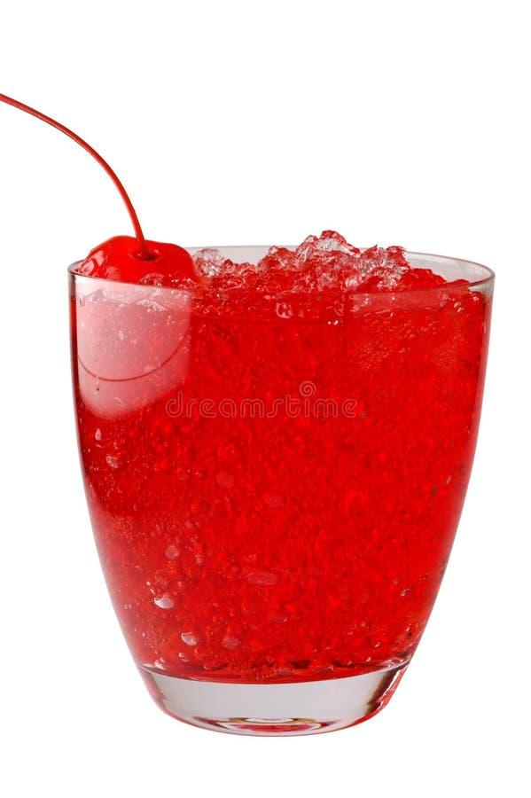 De drank van de kers met verpletterd ijs stock afbeeldingen