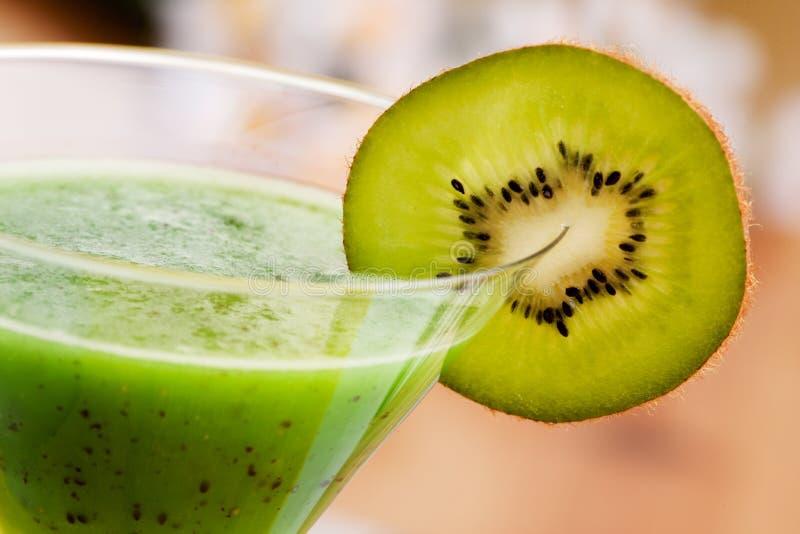 De Drank van het Fruit van de kiwi stock foto's