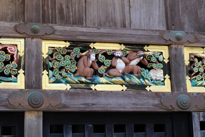 De drie wijze die apen bij Toshogu-Tempel worden gevonden Hoor, spreek, zie royalty-vrije stock fotografie