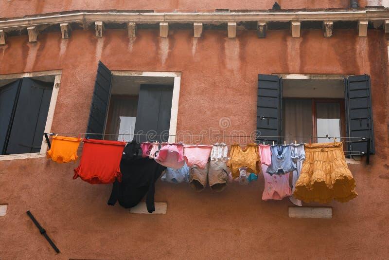 De drooglijn van de wasserij royalty-vrije stock afbeeldingen