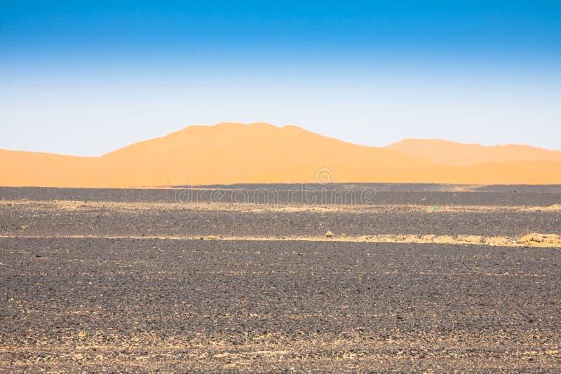 De Duinen van het zand van Erg Chebbi int royalty-vrije stock afbeelding