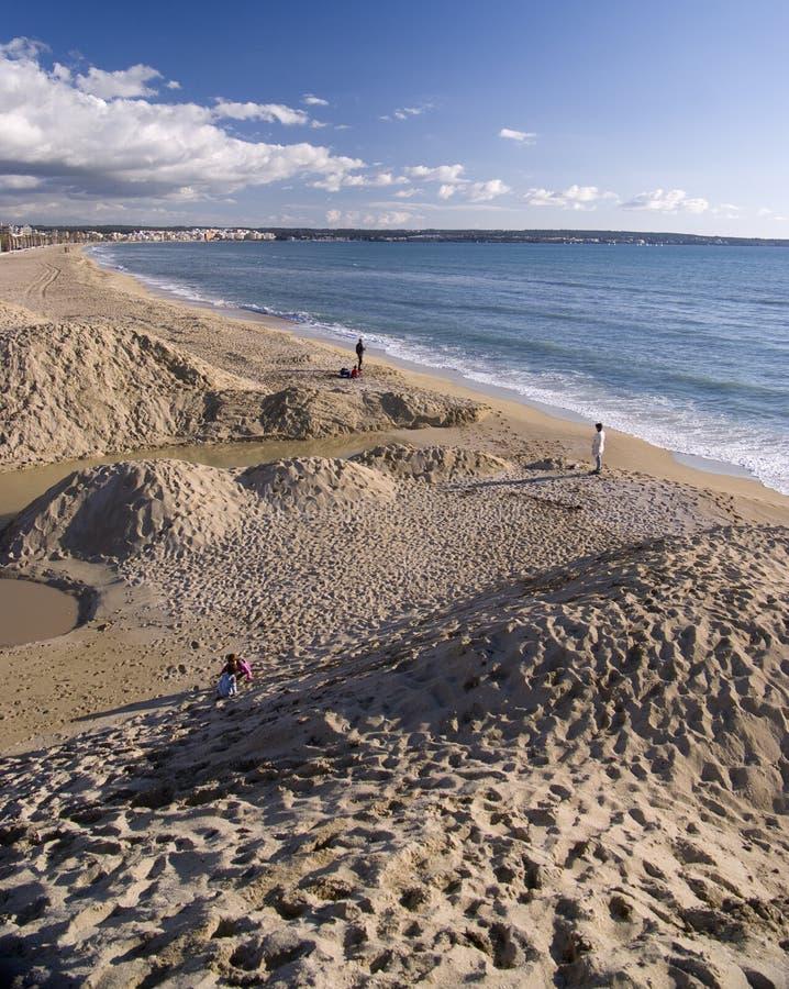 De duinen van het zand op strand royalty-vrije stock afbeelding