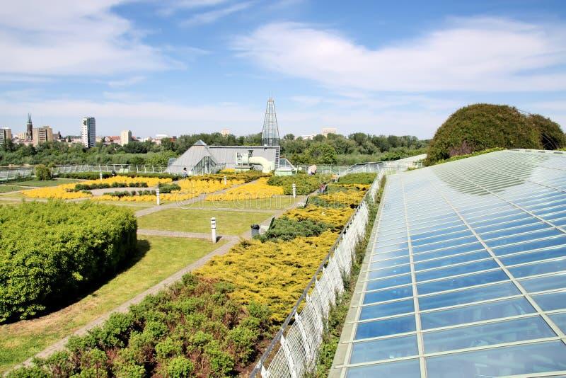 De ecologische moderne bouw. royalty-vrije stock fotografie