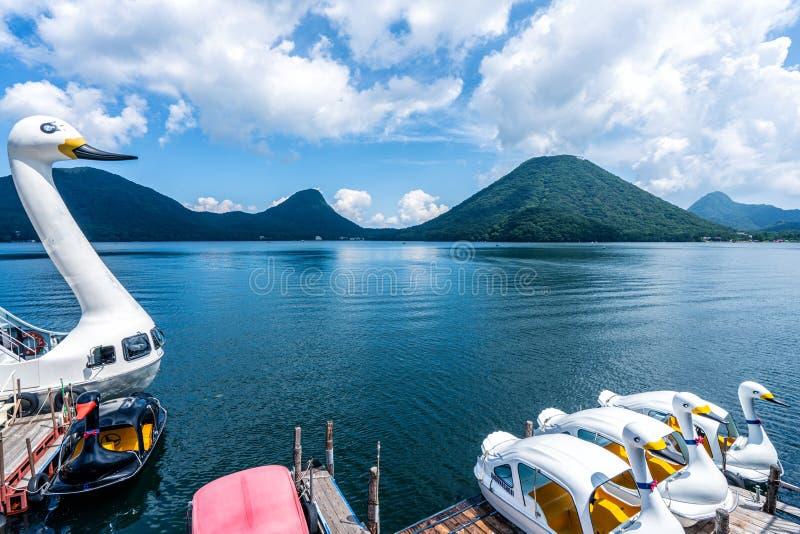 De eendeboten van het Haruna-meer Gunma Prefecture, Japan stock fotografie
