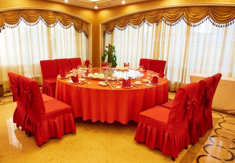 De eetkamer van het restaurant stock afbeeldingen