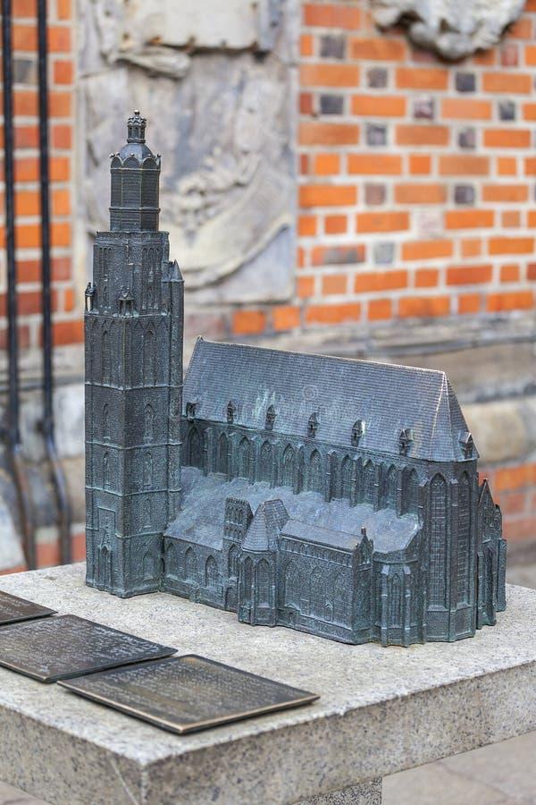 14de eeuw gotische St Elisabeth Church, miniatuur voor blinden, Wroclaw, Polen stock afbeeldingen