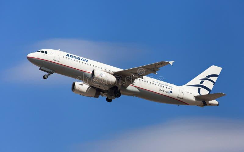 De Egeïsche Luchtbus van Luchtvaartlijnen A320 stock fotografie