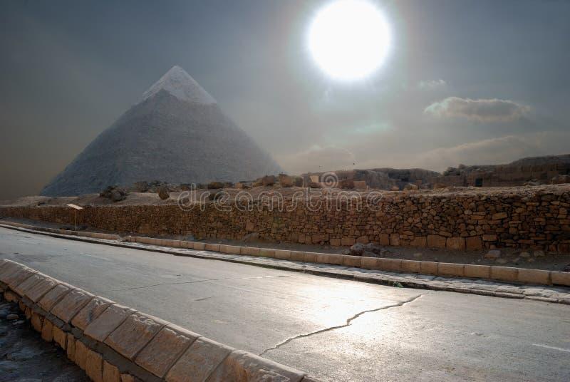 De Egyptische piramide royalty-vrije stock afbeeldingen