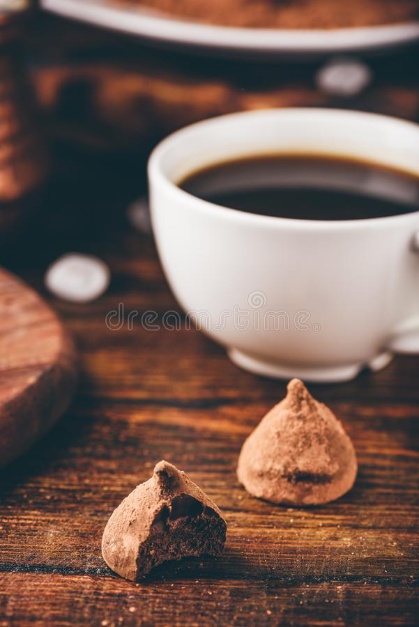 De eigengemaakte Truffels van de Chocolade royalty-vrije stock foto's