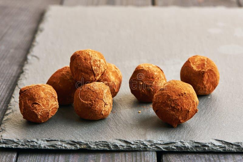 De eigengemaakte Truffels van de Chocolade stock fotografie