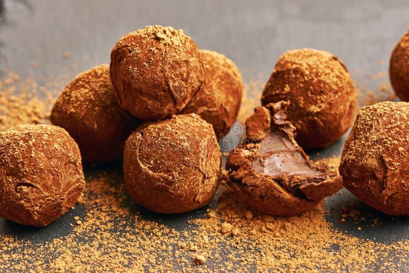 De eigengemaakte Truffels van de Chocolade stock foto's