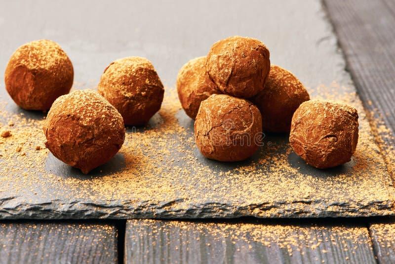 De eigengemaakte Truffels van de Chocolade stock foto