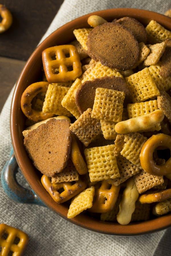 De eigengemaakte Zoute Mengeling van de Snackpartij stock afbeelding