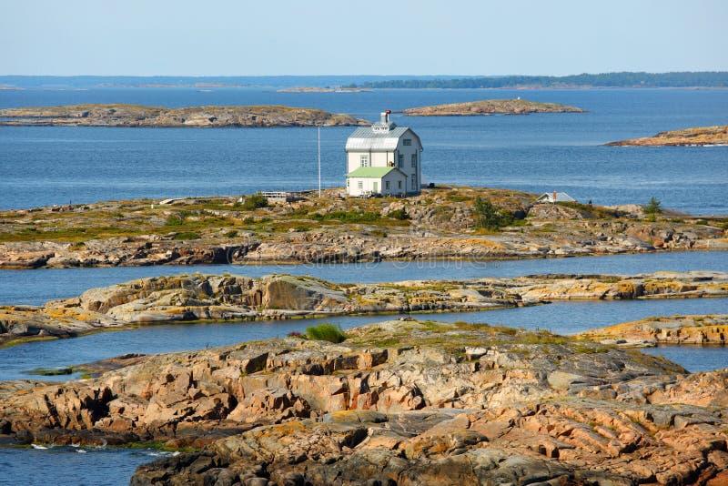 De Eilanden van Aland, zeegezicht met Kobba Klintar stock foto's