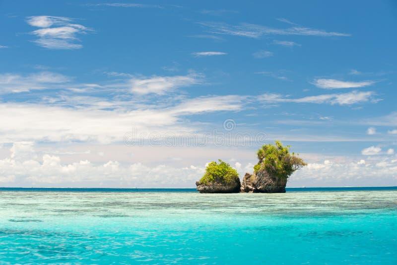 De Eilanden van de rots in Palau stock foto's