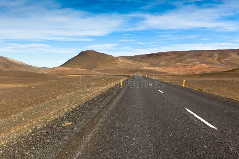 De Eindeloze Weg van de Hooglanden van IJsland stock fotografie