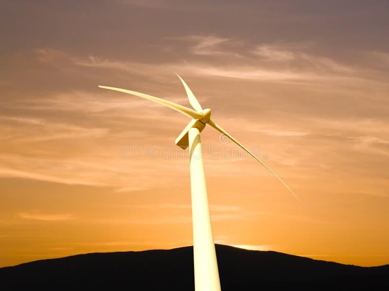 De elektriciteit van de generator aan wind royalty-vrije stock afbeeldingen