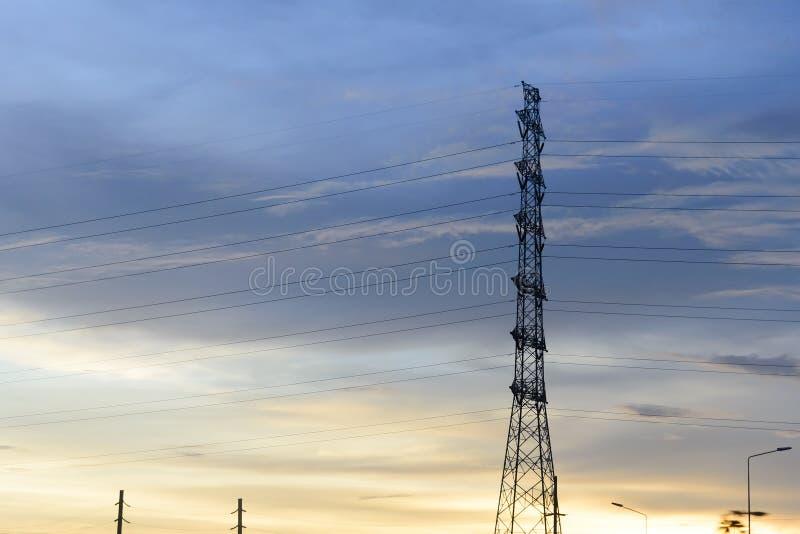 De elektriciteitspyloon royalty-vrije stock fotografie