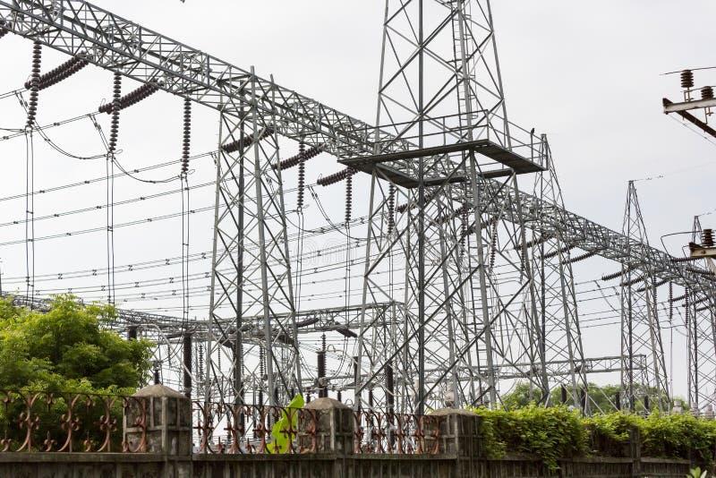De Elektrische Toren van de hoogspanning Machtsconcept royalty-vrije stock afbeelding