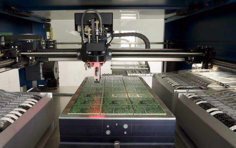 De elektronische component van de productie stock afbeeldingen