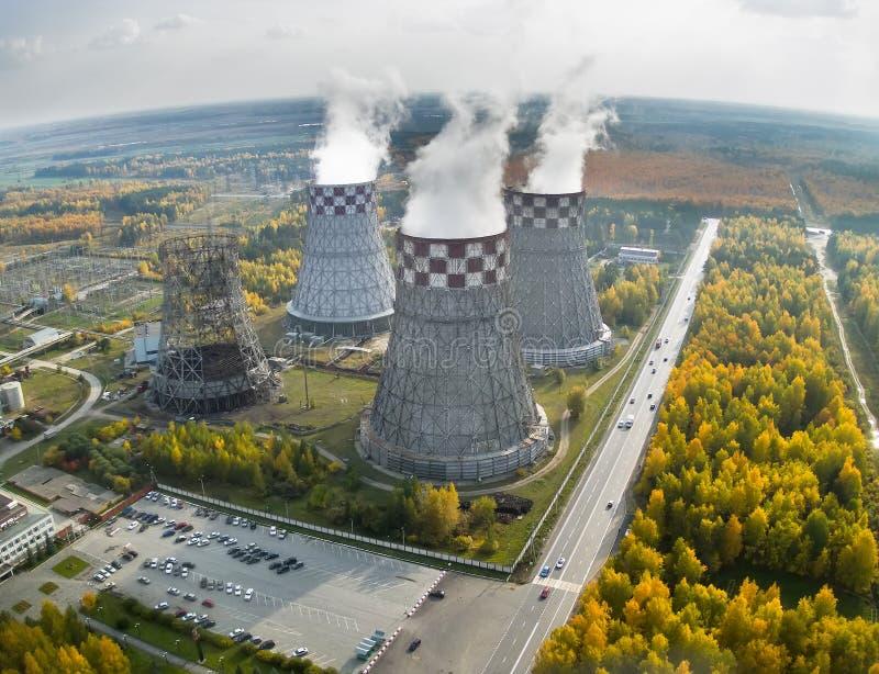 De Energie van de stad en de Warme Fabriek van de Macht stock foto