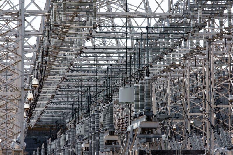 De energieindustrie verwarrende bedradingsachtergrond stock afbeeldingen