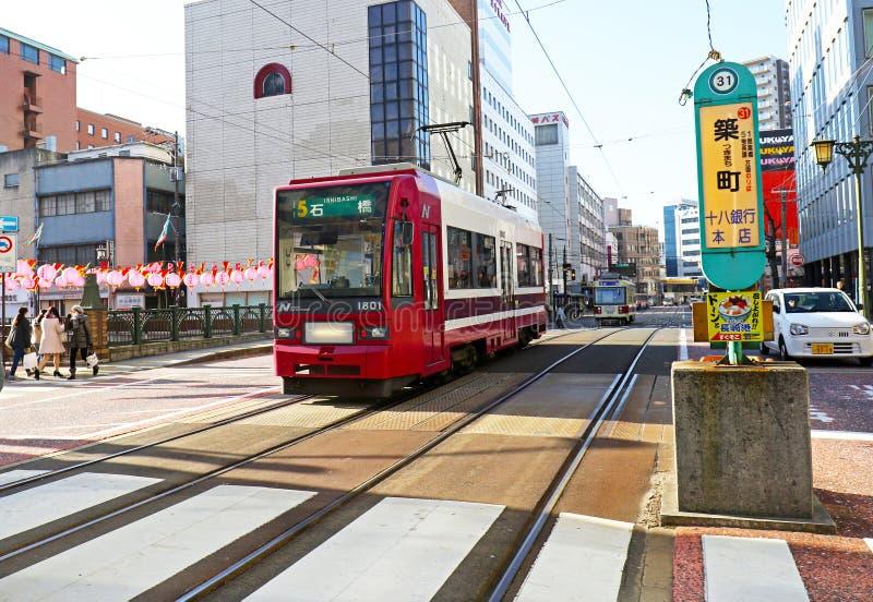 27 de enero de 2017 sistema de la tranvía de Nagasaki, escena de la calle japón fotografía de archivo