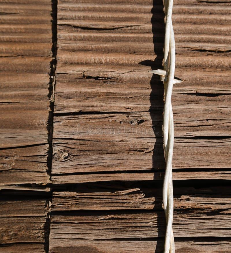 De enige Omheining Post van Strand Stapled Wood van de Prikkeldraadomheining royalty-vrije stock fotografie