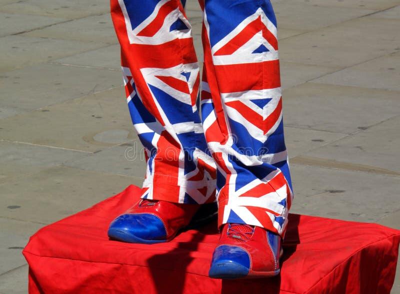 De entertainer die van de straat het kostuum van Union Jack draagt royalty-vrije stock foto