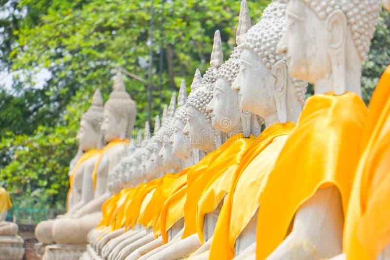 De erfenis van het standbeeldsteen van Boedha in Ayuthaya Thailand royalty-vrije stock foto