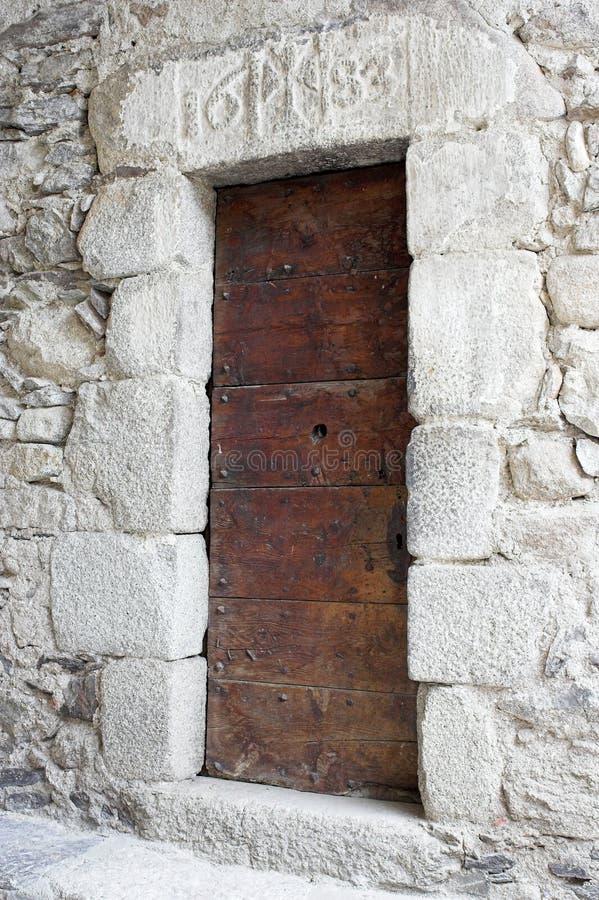 De Europese zijpoort van de de 17de eeuwkerk royalty-vrije stock foto