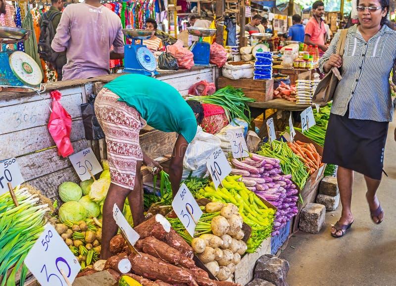 De exotiska livsmedlen på den srilankesiska marknaden royaltyfri fotografi