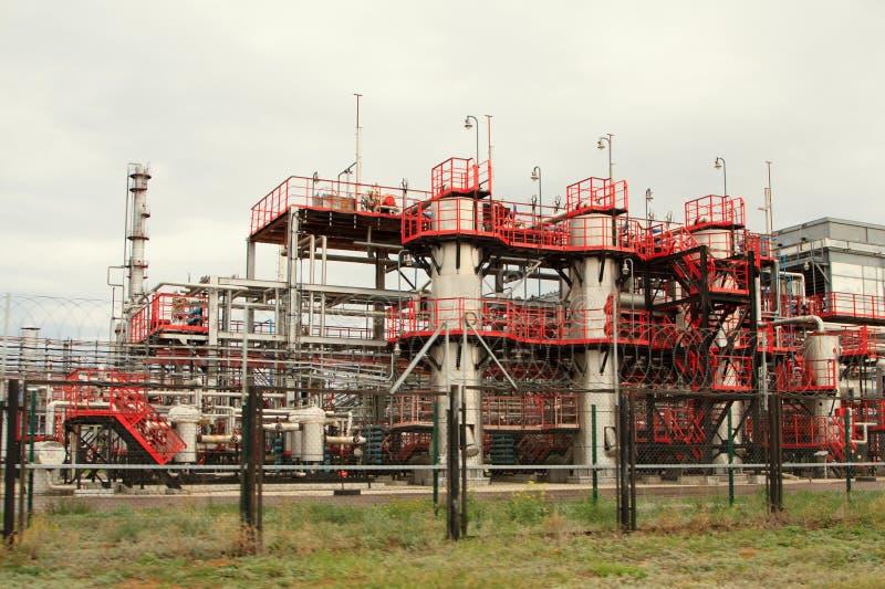 De fabriek van de olieraffinage royalty-vrije stock afbeelding