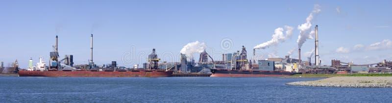 De fabriek van het staal royalty-vrije stock afbeeldingen