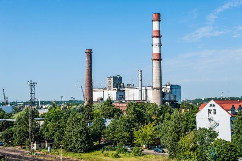 Download De fabriek van Industial stock foto. Afbeelding bestaande uit architectuur - 29500578