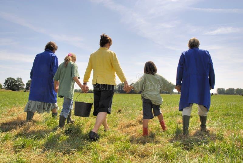 De familie van de landbouwer stock foto's