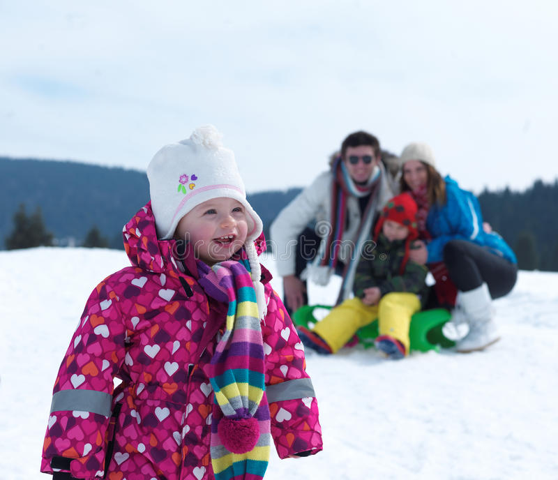 De familie van de winter stock afbeeldingen