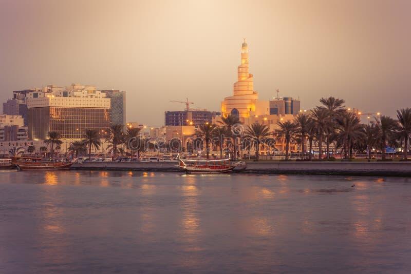 De Fanar-Moskee in Doha royalty-vrije stock foto's