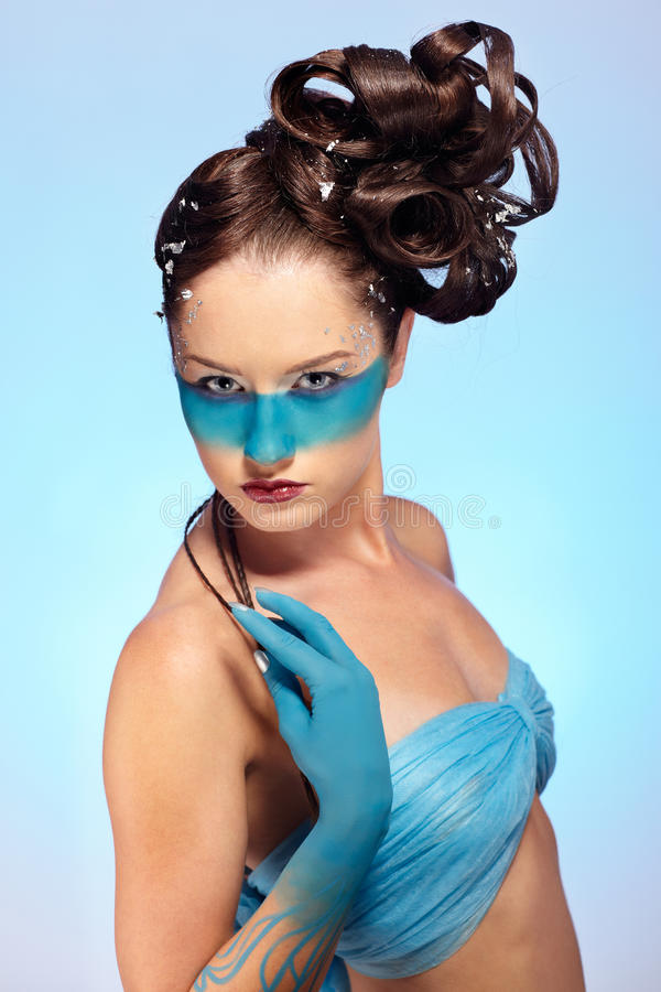 De fantasie blauwe lichaam-kunst van het meisje royalty-vrije stock afbeelding
