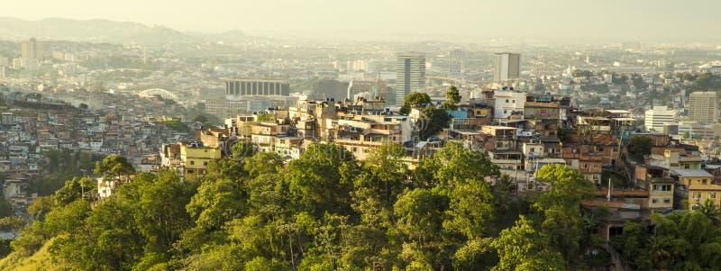 de favela janeiro rio fotografering för bildbyråer